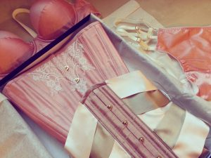 Waist training kit with matching custom lingerie