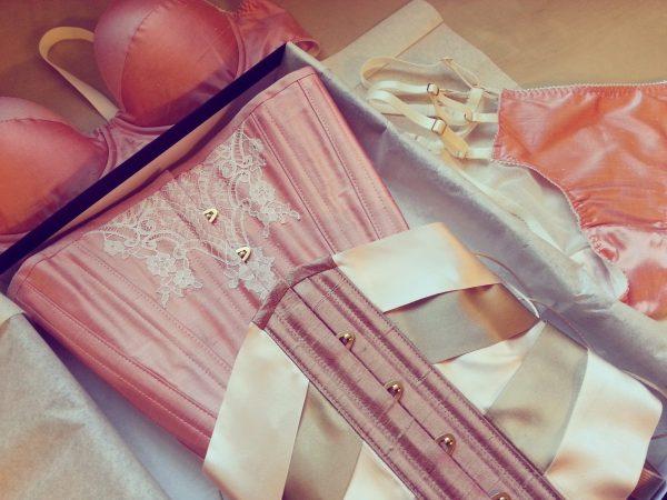 Waist training kit with matching custom lingerie