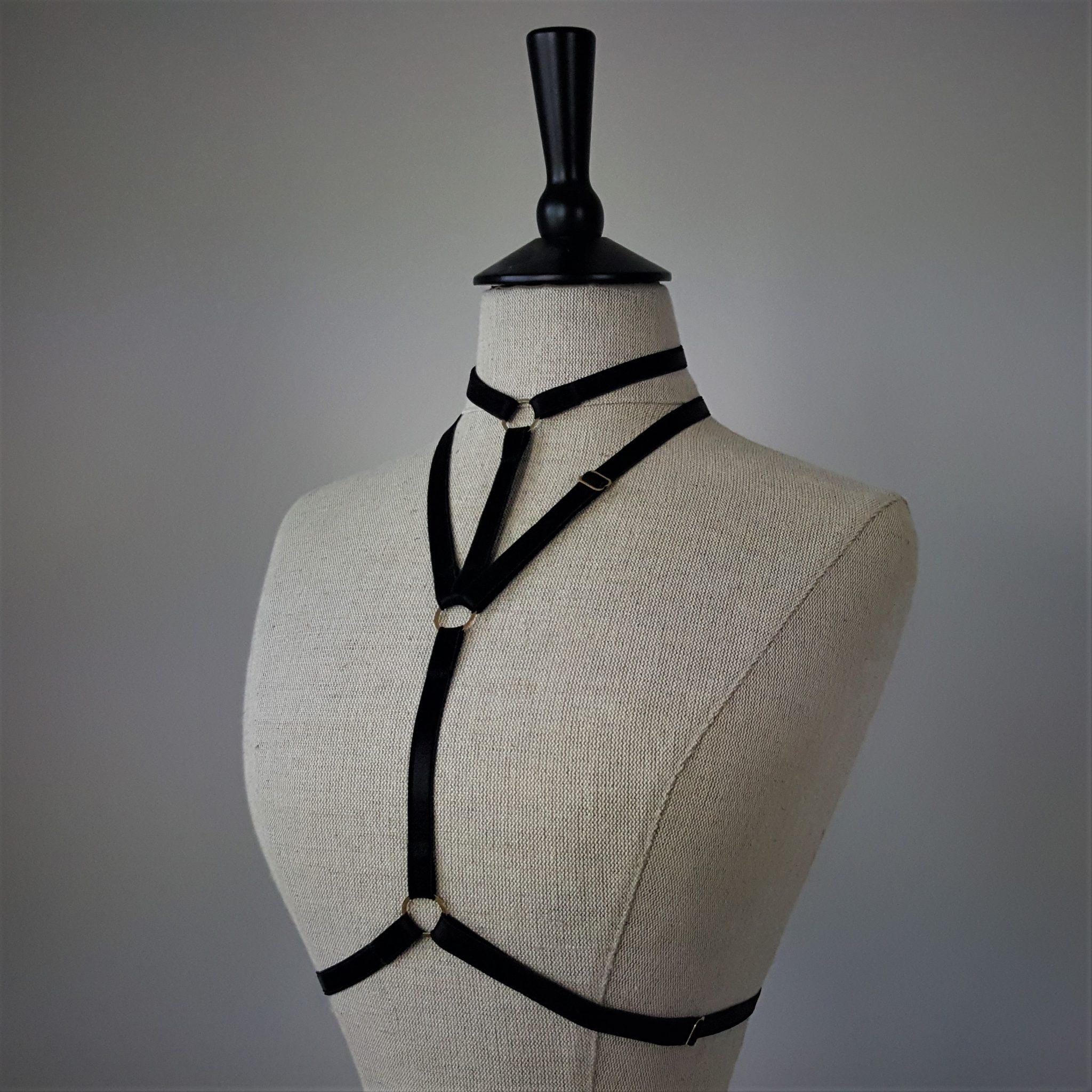Black Regate harness