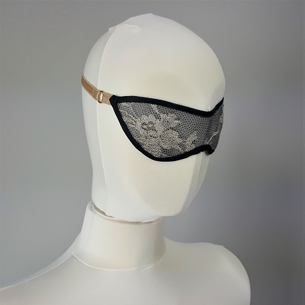 Black and gold Valour eye mask