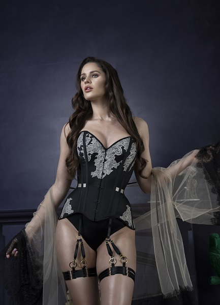 Meriel overbust in black with champagne lace