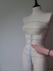 Measuring underbust to waist length